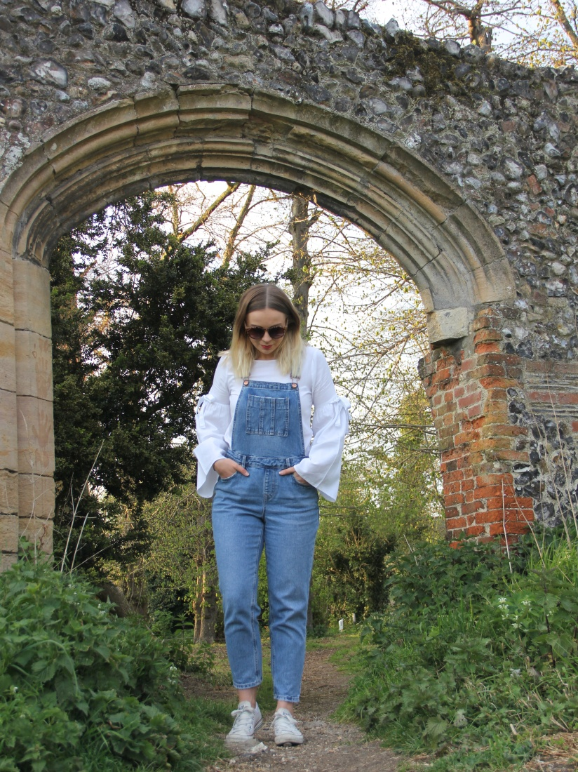 Casual spring dungarees