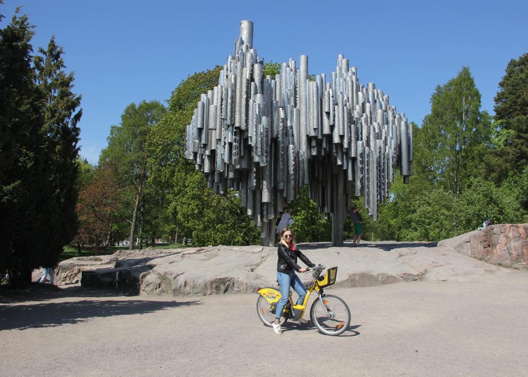 Cycling around Sibelius Park
