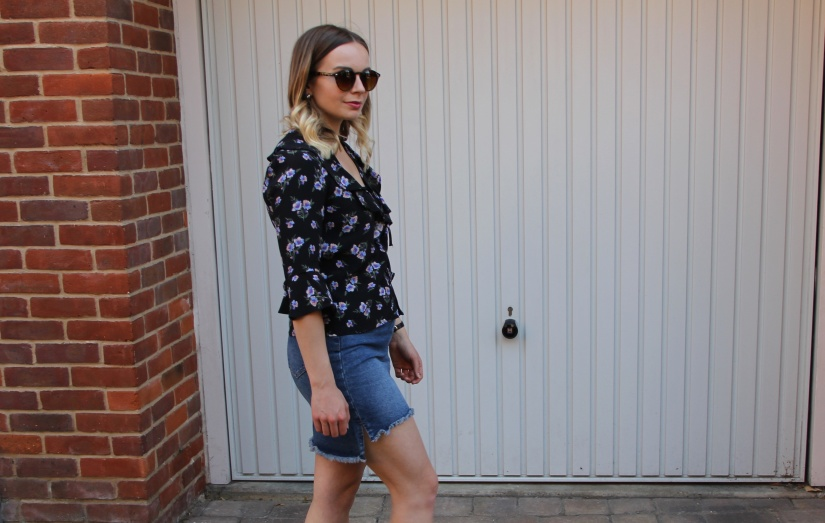 Floral blouse and denim for summer