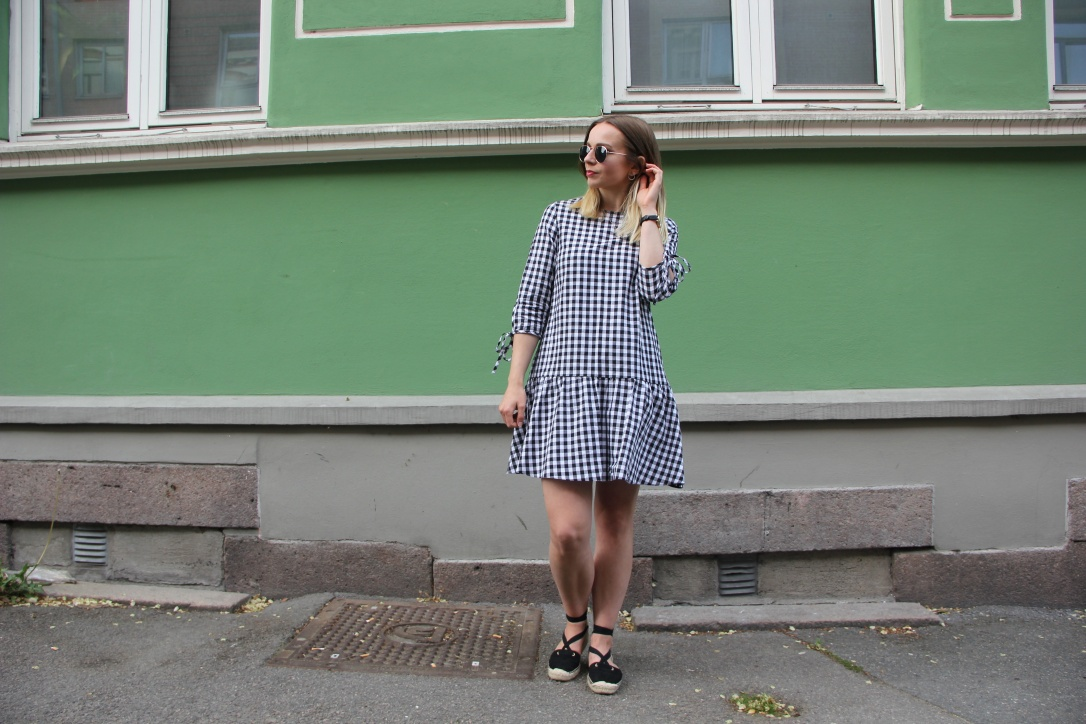 GIngham dress with espadrilles