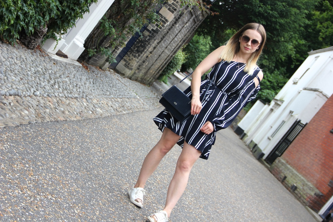 Navy Zara striped dress
