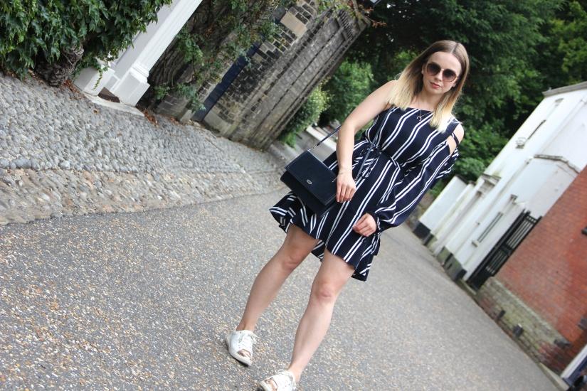Navy Zara striped dress