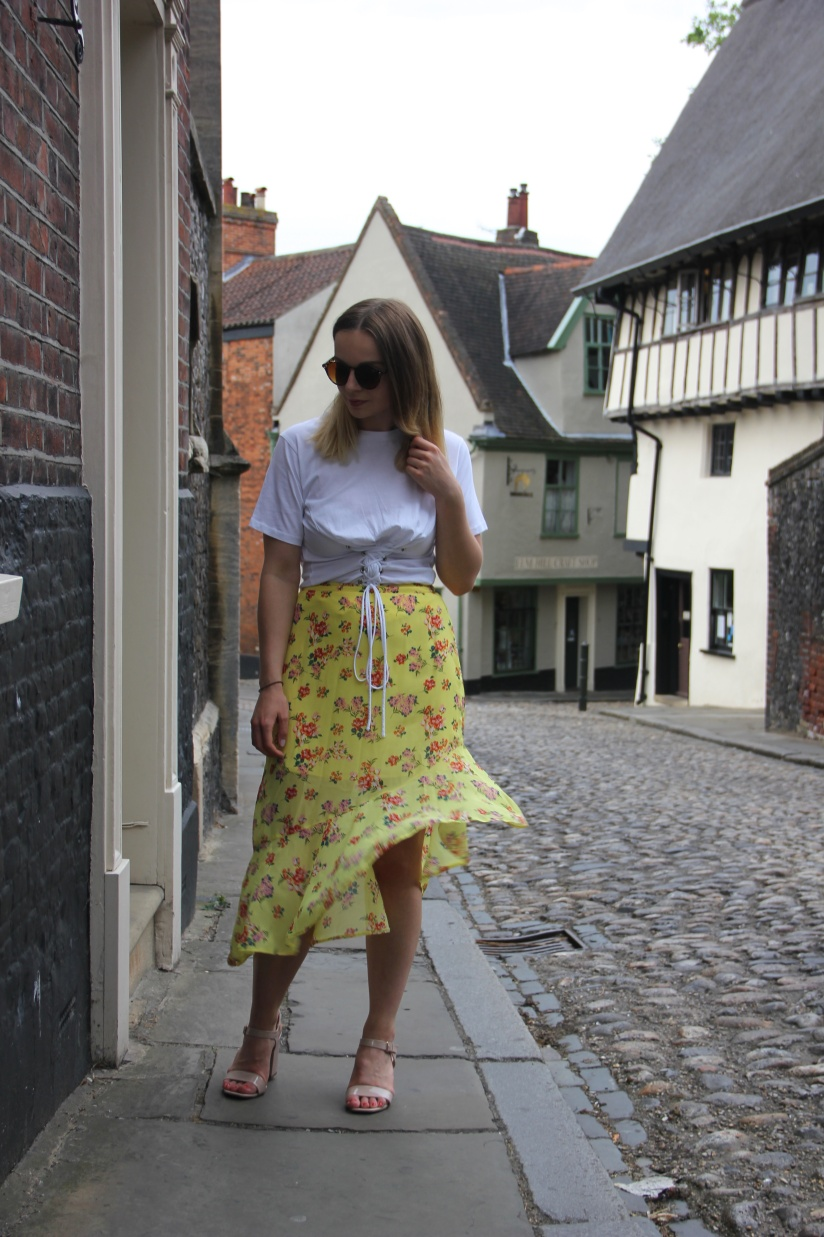 New Look yellow skirt