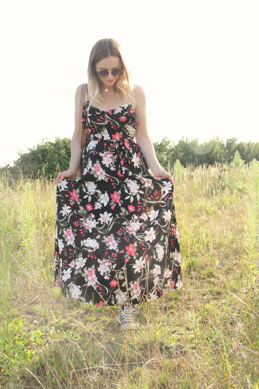 How to style a floral maxi dress