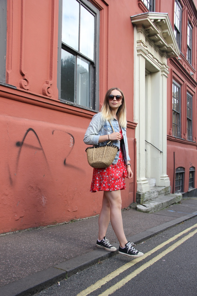 How to style a tea dress casual