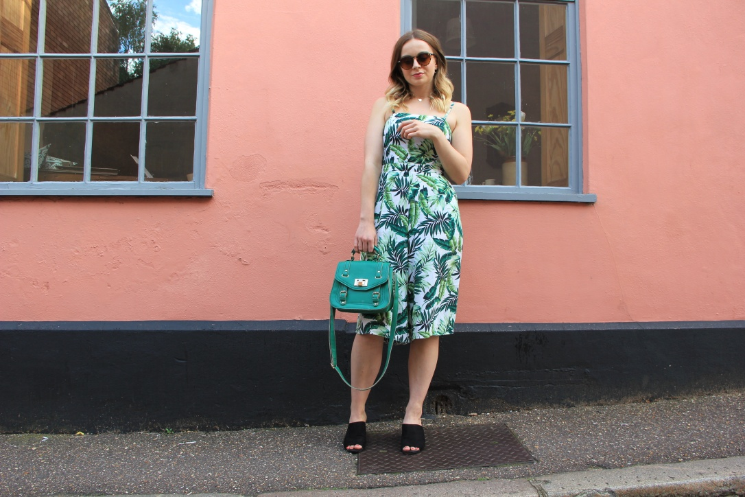 How to style palm print