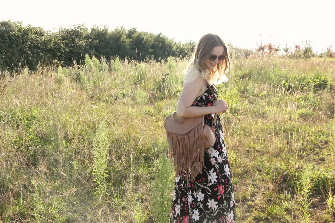 Maxi dress and tasselled bag
