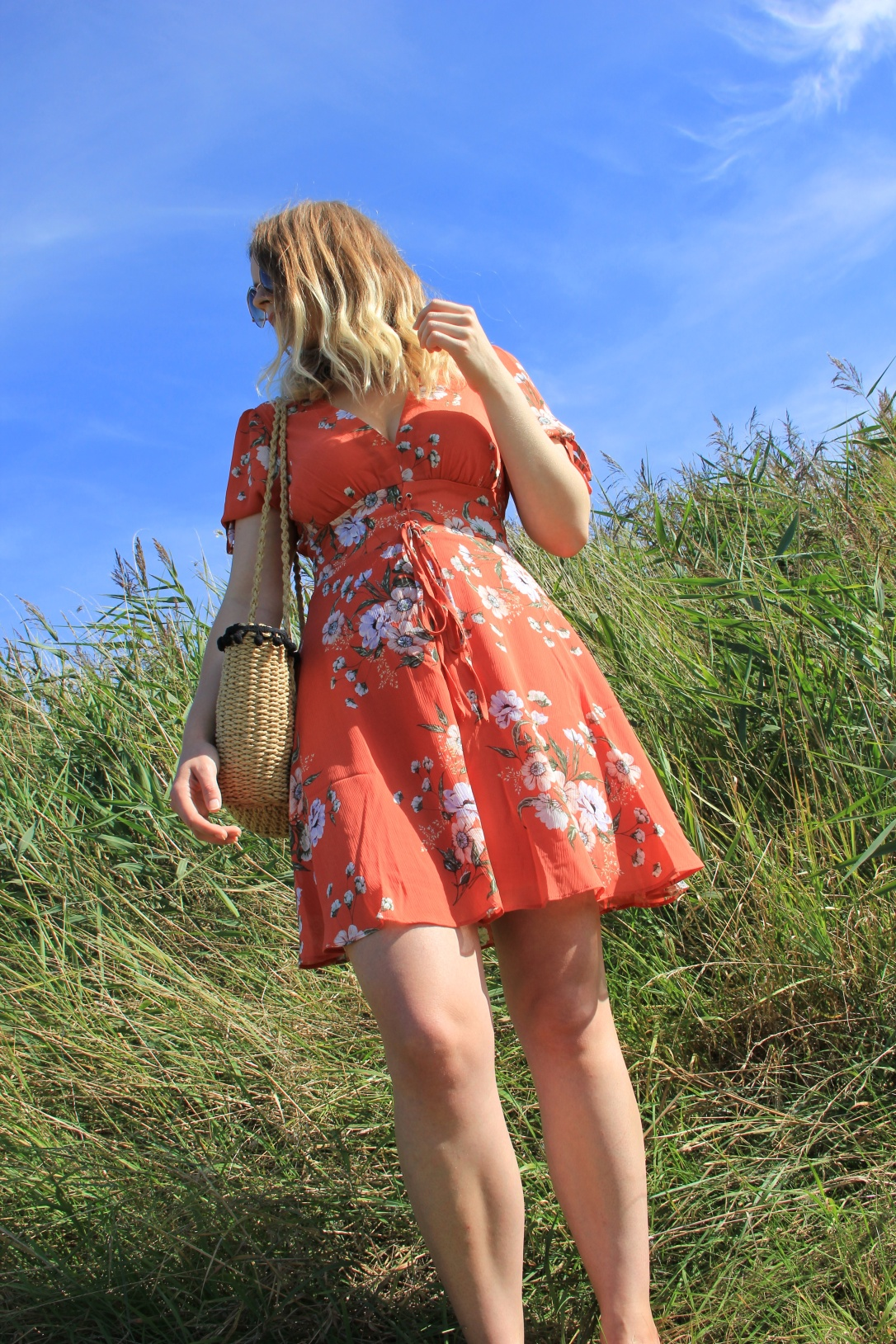 What to wear with an orange floral dress
