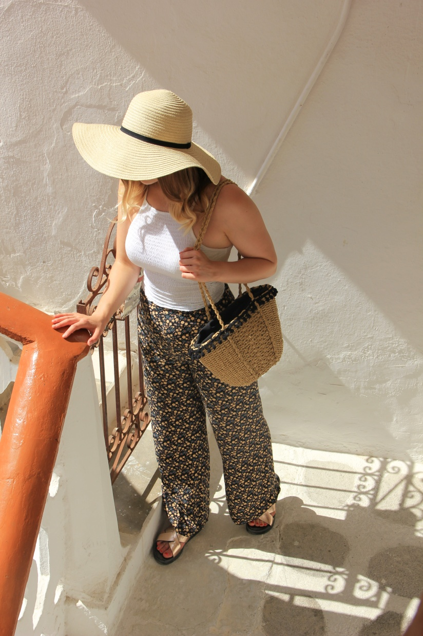 Holiday style floral trousers