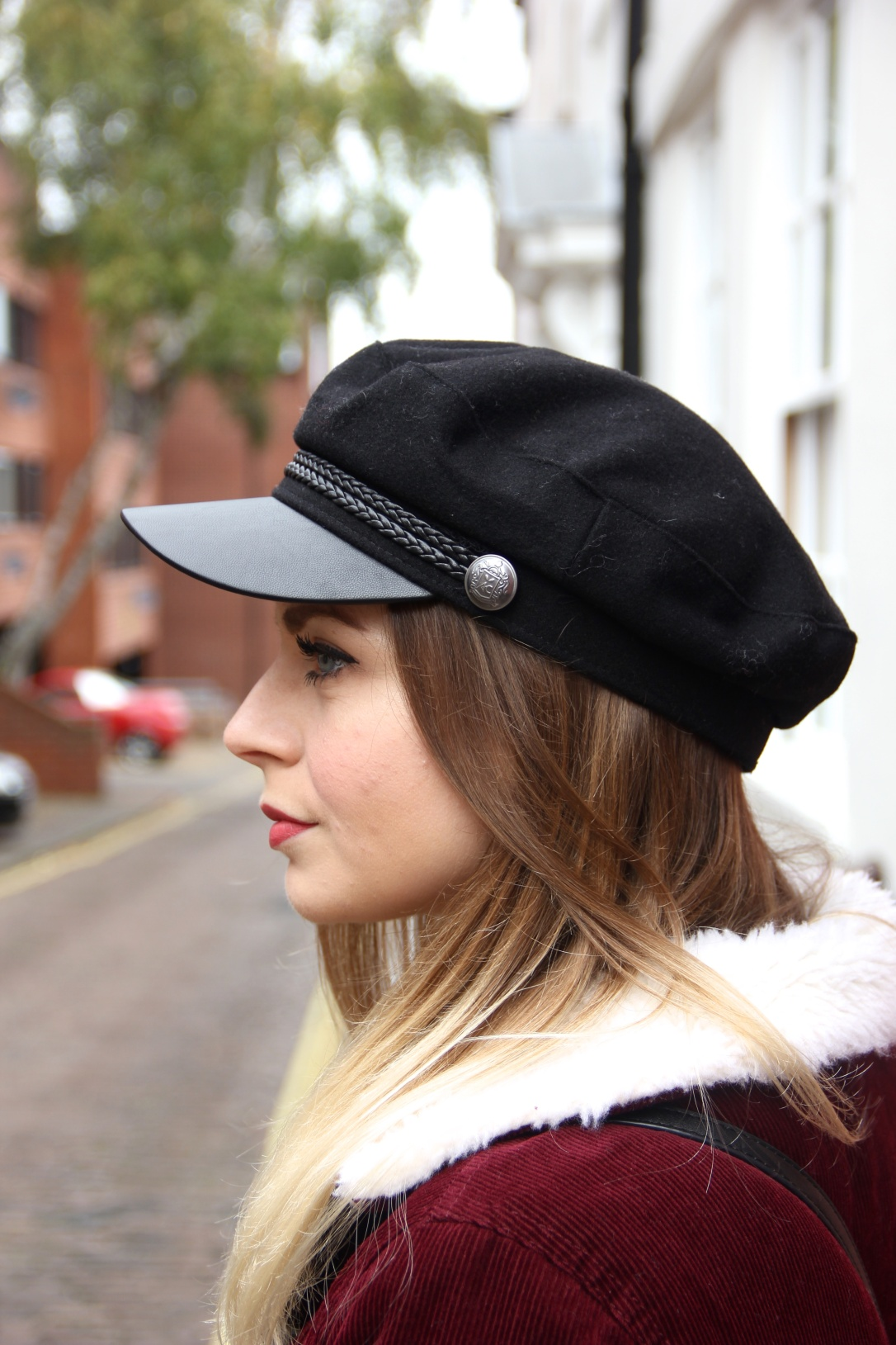 How to style a baker boy hat