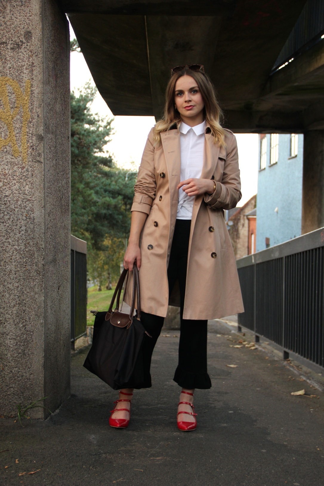How to wear a trench coat for work