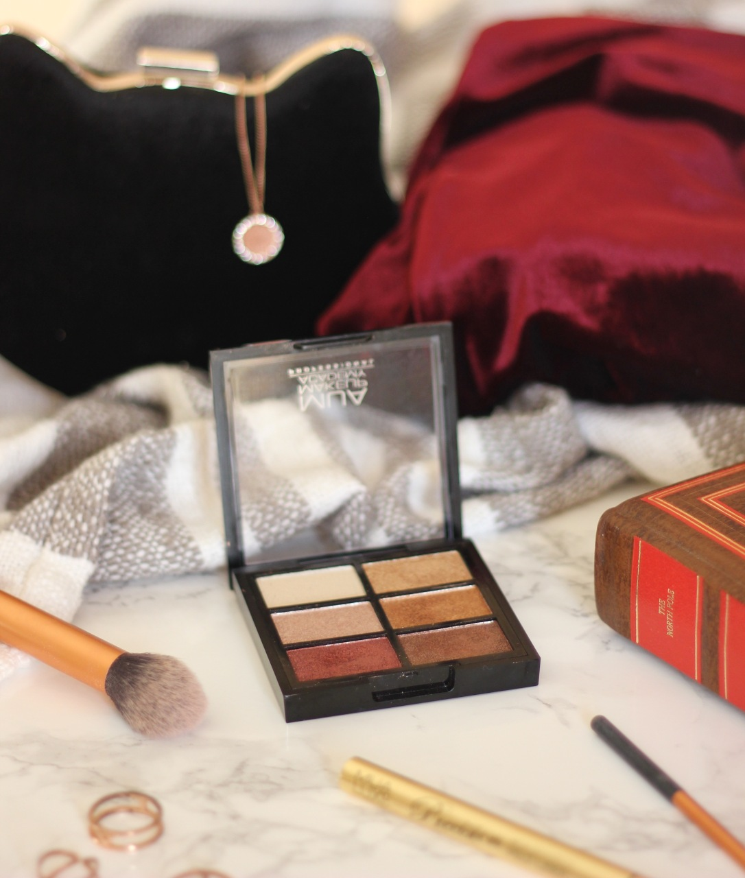 MUA Rusted Wonders eyeshadow pallete review