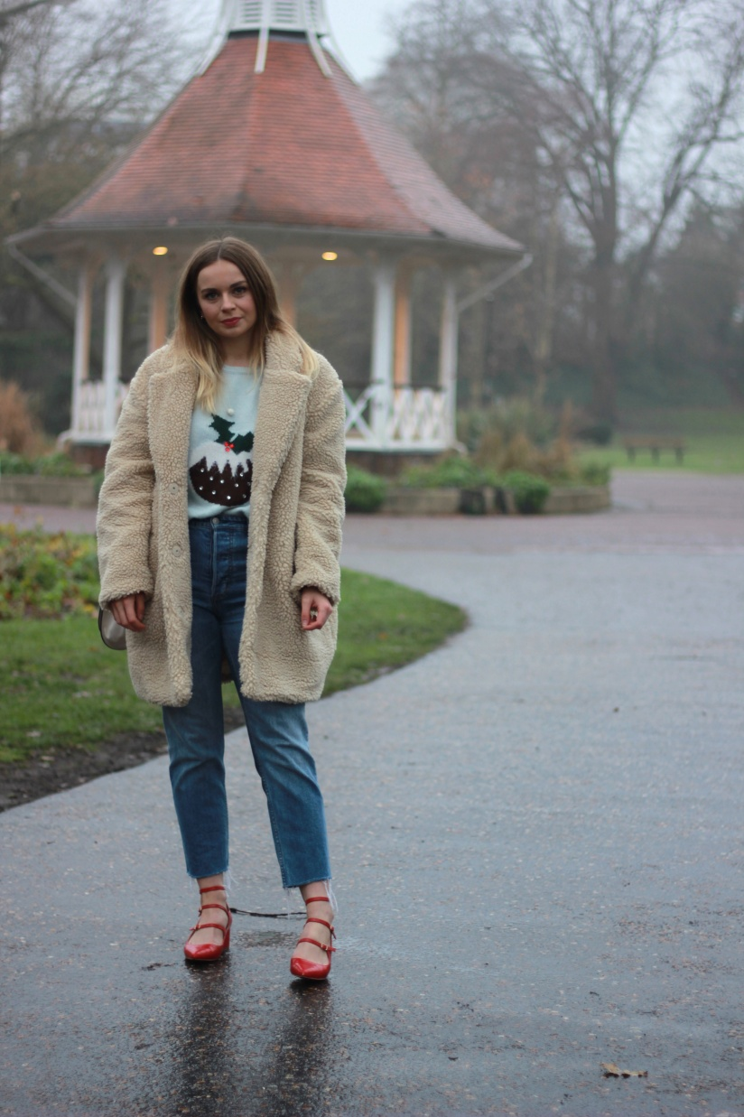 Styling a christmas jumper