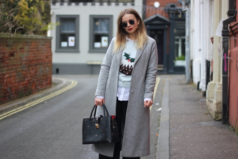 What to wear with a Christmas knit