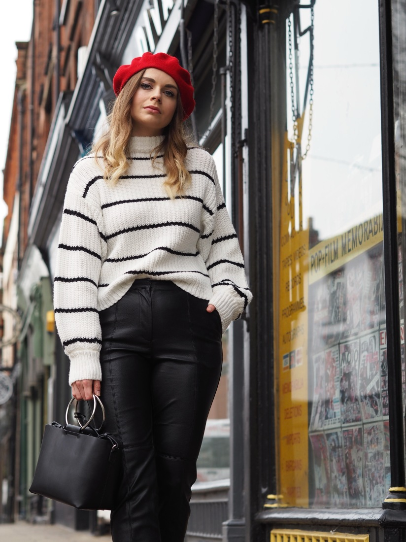 How to wear a red beret