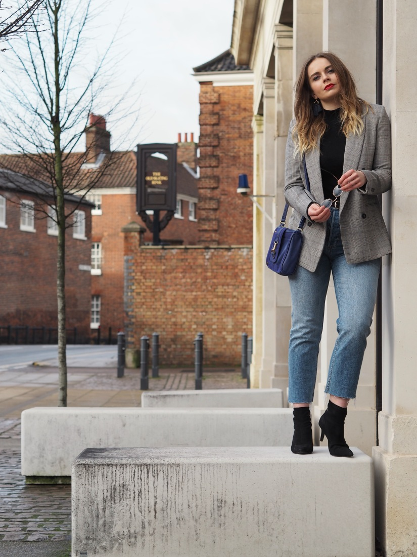 How to style a checked blazer and jeans for work
