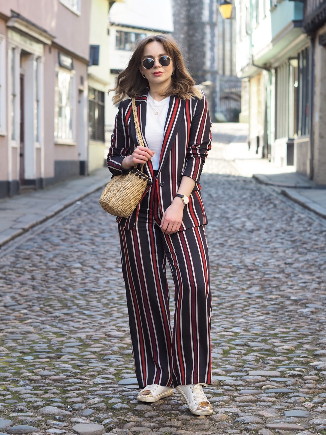 How to style a wide leg suit