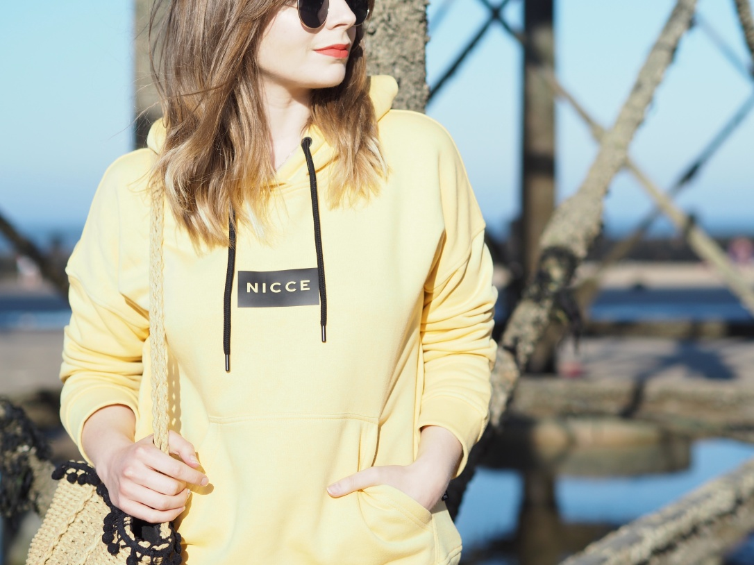 Nicce yellow hoody