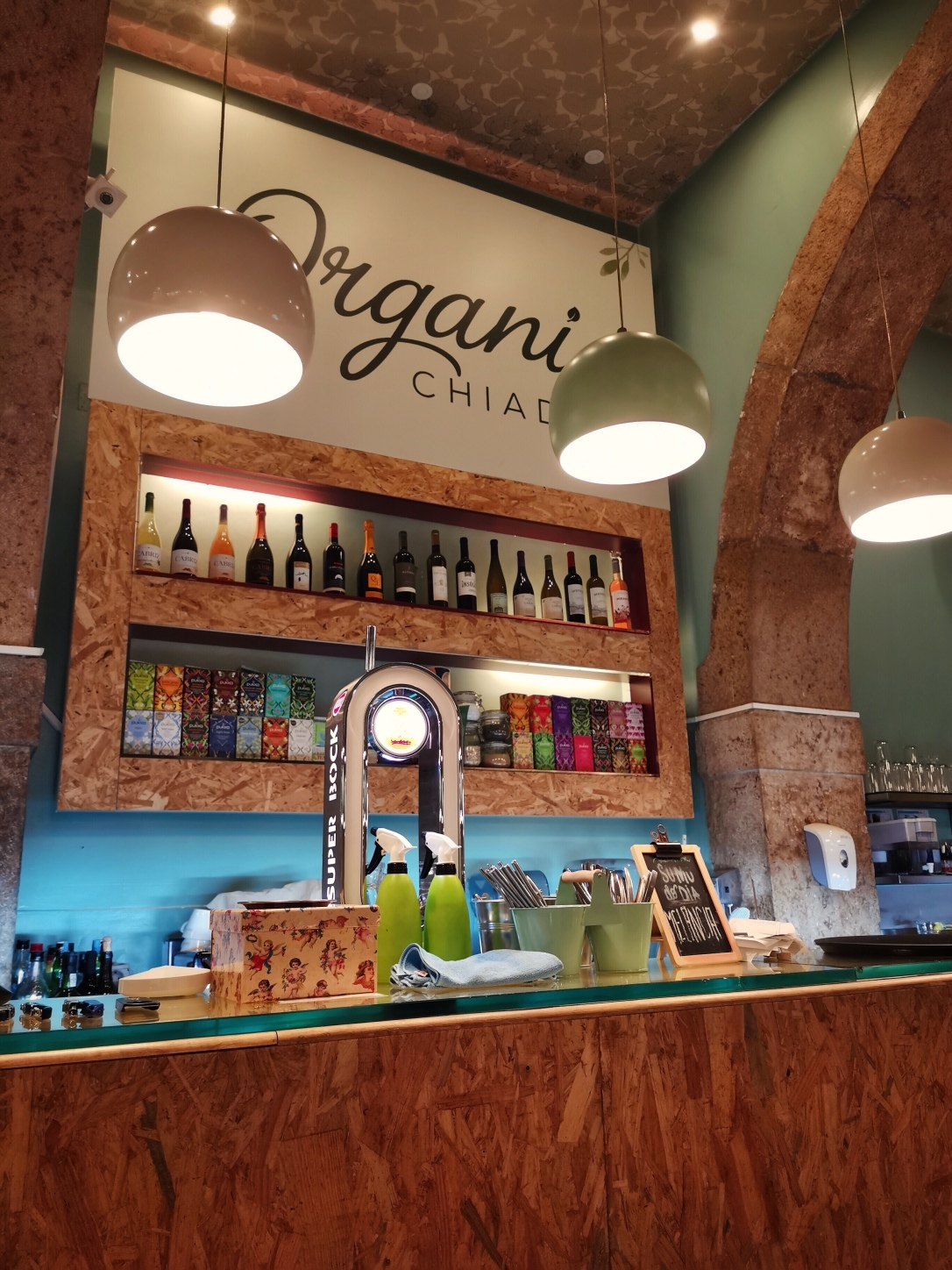 Where to eat vegan in Lisbon - Organi Chiado